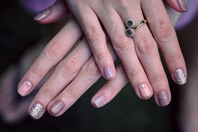nail biting stop